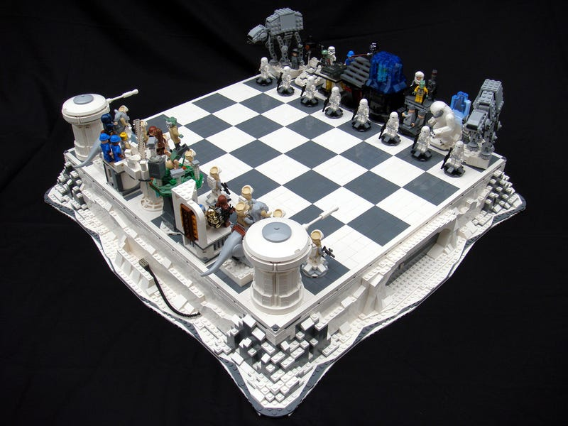 Illustration for article titled Lego Star Wars Chess Sets Are Swankier Than Vader's Vinyl Underpants