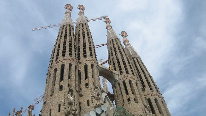 facts about sagrada familia as the last architectural masterpiece Over the course of 134 years of construction of the sagrada familia, the unfinished masterpiece of antoni  the basílica i temple expiatori de la sagrada  will be the last and.