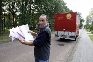 Illustration for article titled Dutch Trucker Receives 45 Speeding Tickets While Parked