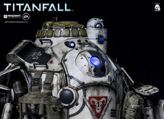 Illustration for article titled Here Is The Full Reveal Of The New Titanfall Titan Figure