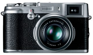 Illustration for article titled Retro Fujifilm FinePix X100 Camera Will Give Leica's X1 a Run For Its Money