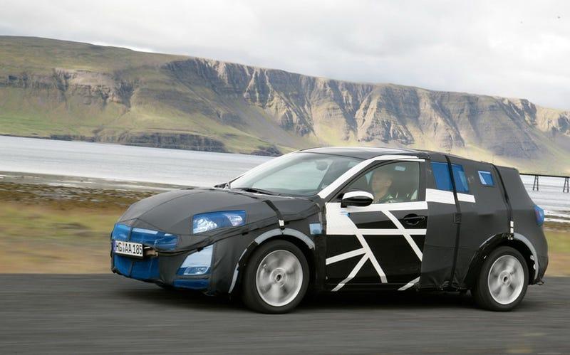 Illustration for article titled 2010 Mazda3 Hatchback Spied By Mazda