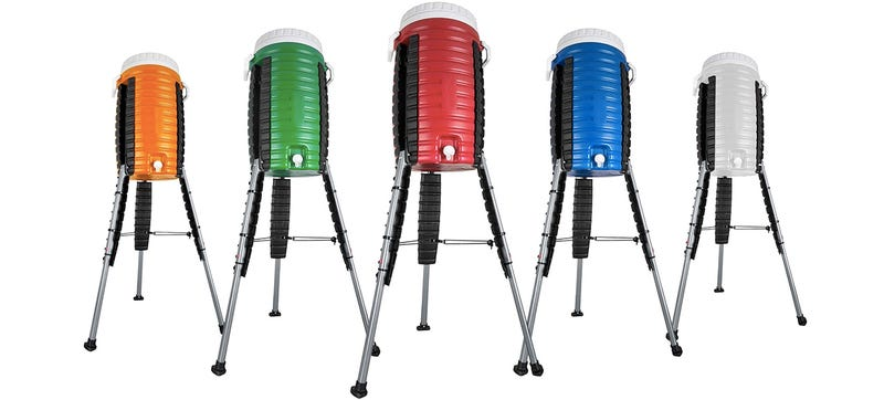 Illustration for article titled A Beverage Cooler With Retractable Legs Stands Tall Without a Table