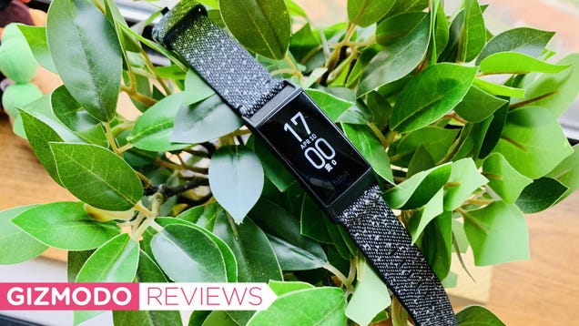 Fitbit s Charge 4 Is a Great Tracker That s Come at a Weird Time