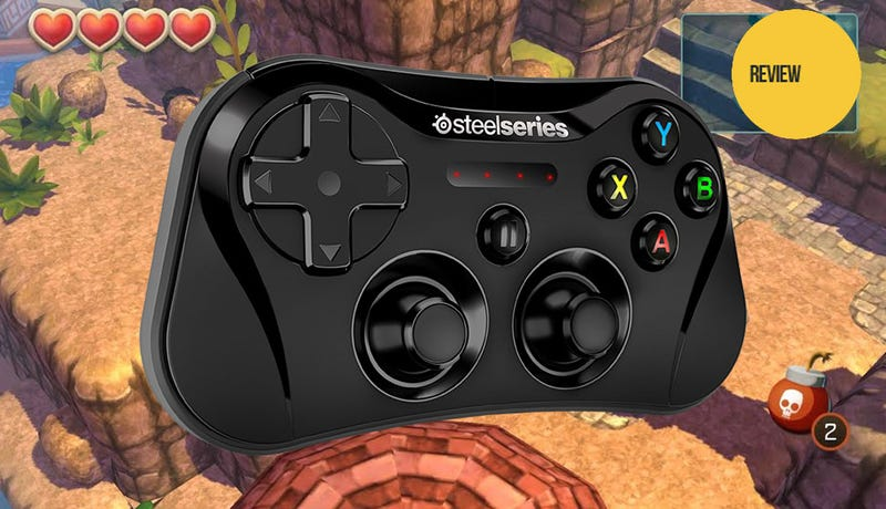 Illustration for article titled The First Official Wireless iOS Gamepad Is Small. Maybe Too Small.