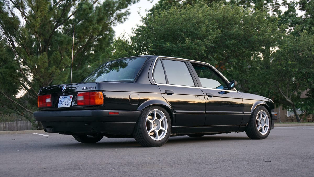 I Wanted a BMW E30 So Badly I Bought One Full of Hidden Problems