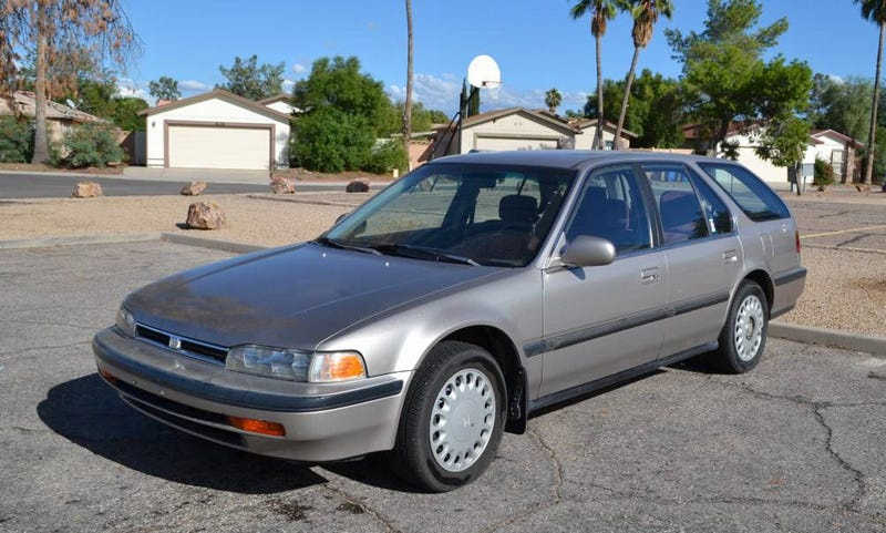 Illustration for article titled At $2,000, Could You Reach an Accord With the Seller of This 1993 Honda Accord LX Wagon?