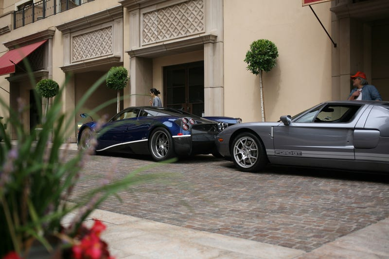 Illustration for article titled Saw 14 Huayras today. Here is one Huayra.