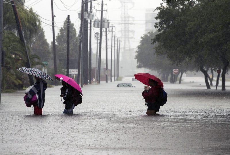 Hurricane Harvey making landfall in Houston on Aug. 28, 2017 (Erich Schlegel/Getty Images)
