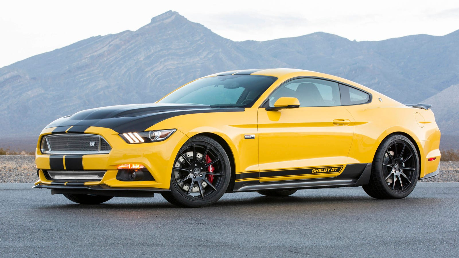 the 2015 shelby gt is 627 horsepower of american mustang insanity. Black Bedroom Furniture Sets. Home Design Ideas
