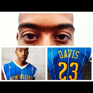 Illustration for article titled Ludacris Was Anthony Davis For Halloween