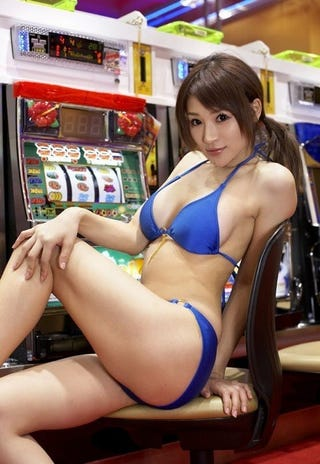 Illustration for article titled Curvy Onechanbara Actress Comes to New Yakuza Game