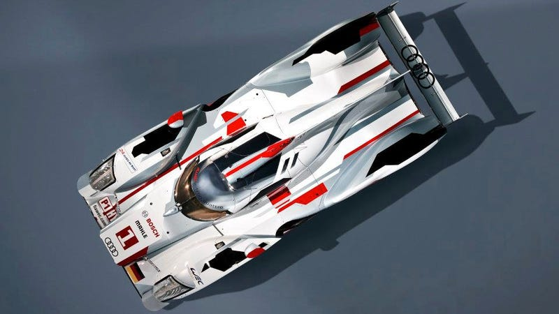 Illustration for article titled The Audi R18 E-tron Quattro Is A Diesel Hybrid AWD Race Car