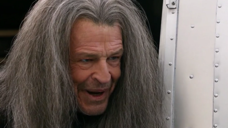 John Noble dons his glorious Denethor wig in a scene from the latest Legends.