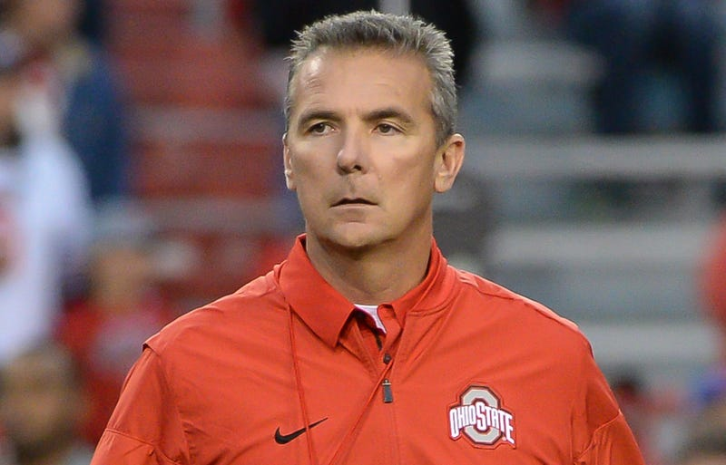 Illustration for article titled Urban Meyer And Zach Smith Are Defending Themselves, Even If Their Answers Don't Quite Make Sense