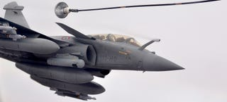 Illustration for article titled The Rafale really looks like a fighter from the future in these images