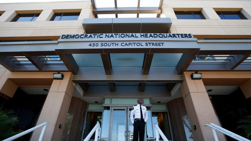 Illustration for article titled DNC Now Says 'Hacking Attempt' Was Just a Phishing Test [Updated]