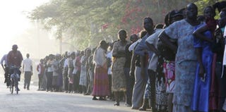 Polling-station lines in Kenya (the Washington Post)