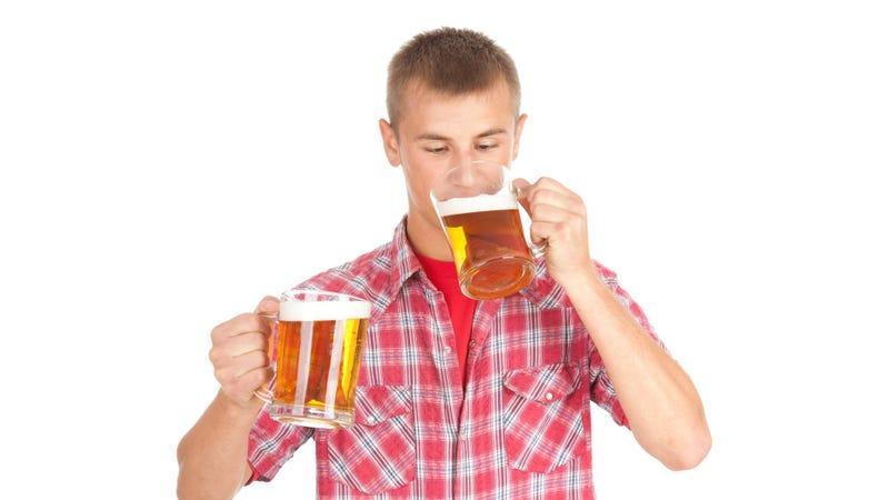Illustration for article titled Drunk Dudes Are Smarter Than Sober Dudes