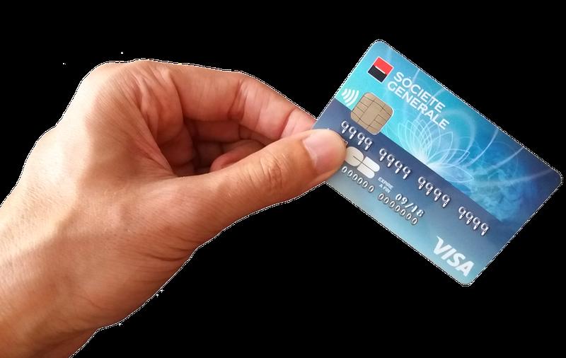 Arrestan al empleado de una tienda que memorizó 1.300 tarjetas de crédito y las usó para compras online
