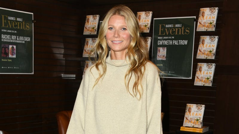 Illustration for article titled Gwyneth Paltrow Sued for Allegedly Skiing Into Someone, Skiing Away
