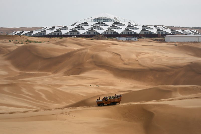 Illustration for article titled Why This Luxury Resort Appeared in the Middle of the Mongolian Desert