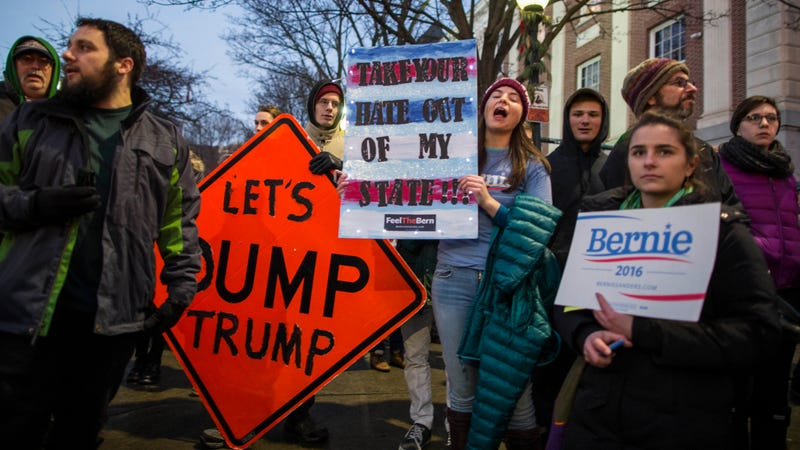 Protesters outside a Donald Trump rally in Burlington, Vermont in January 2016. Image via Getty.