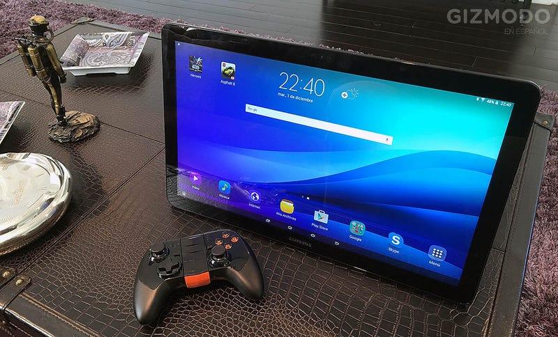 Illustration for article titled Probamos el Samsung Galaxy View: adios a los tablet, bienvenidos a la era baglet
