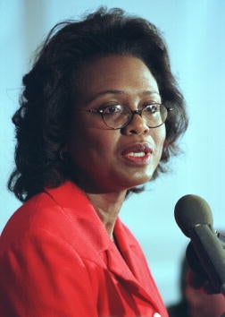 Illustration for article titled Clarence Thomas' Wife Calls Anita Hill
