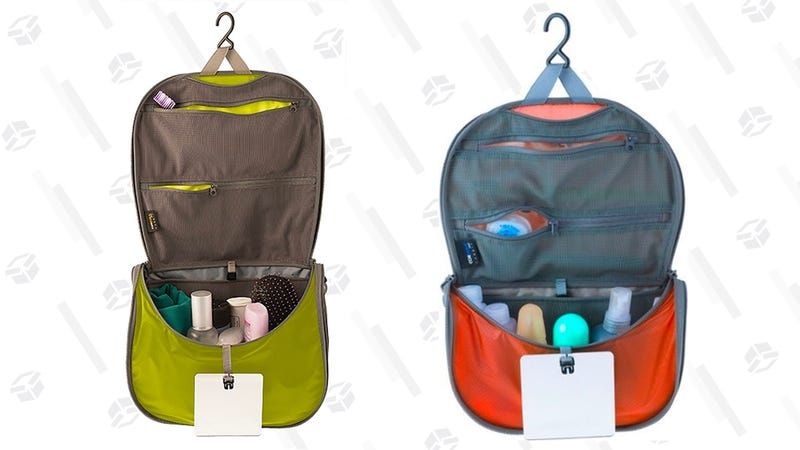 Upgrade To This Discounted Lightweight Hanging Toiletry Bag 7436920ce1d0d