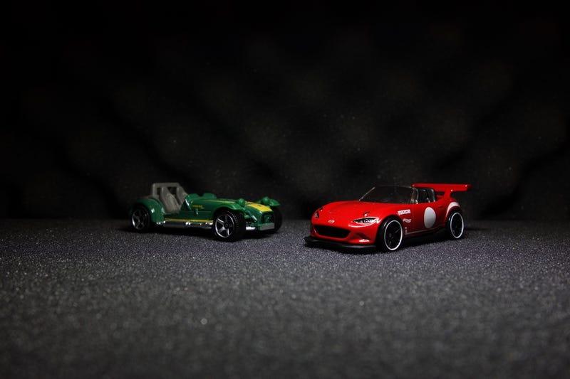 Illustration for article titled Track Day Showdown: Caterham 7 vs Mazda Miata