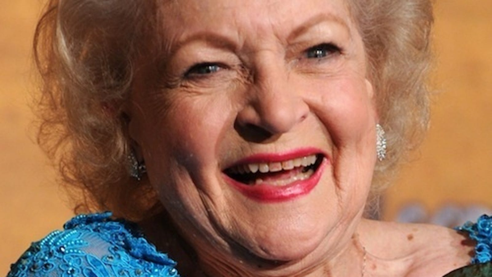 Betty White to Host SNL Mothers Day Special Tomorrow Night