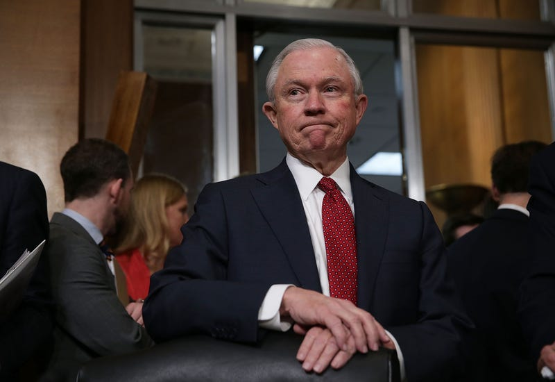 Illustration for article titled Attorney General Jeff 'King Keebler' Sessions Joins High Schoolers in 'Lock Her Up' Chant