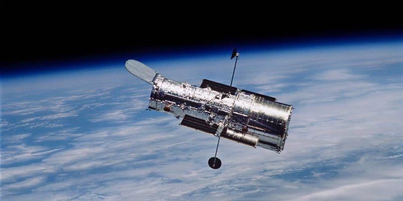 Illustration for article titled Hubble's Chief Scientist Explains How the Telescope Got Off the Ground