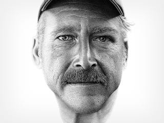 Illustration for article titled This Portrait Is Actually Hand Drawn with 2.1 Million Dots