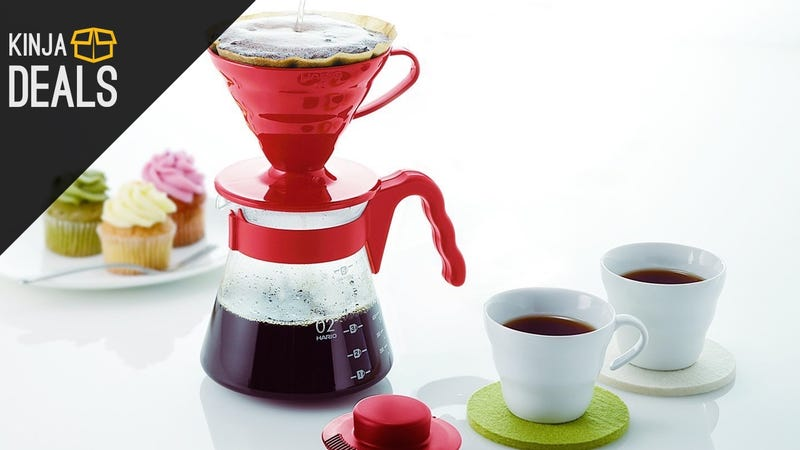 Illustration for article titled This Attractive Pourover Coffee Kit Is Down to $15 Today