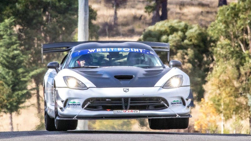 Illustration for article titled Of Course Australians Are Crazy Enough To Rally A Dodge Viper