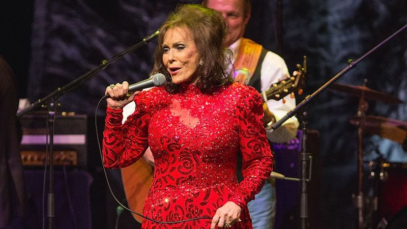 Loretta Lynn performing live in October (Credit: Getty Images)