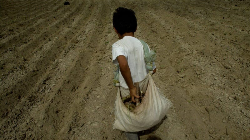 Rain shortages have happened before in El Salvador. Here, back in 2001.