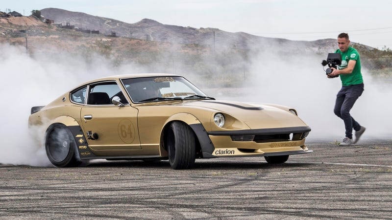 Illustration for article titled What It's Like To Drive A Datsun Z Turned Drift Machine With A Skyline Engine