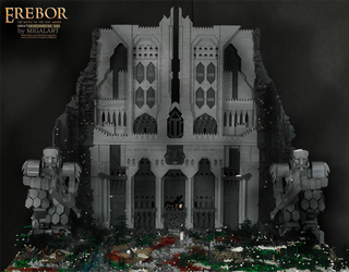 Illustration for article titled This Incredible Lego Recreation Of Erebor Is Over Five Feet Tall
