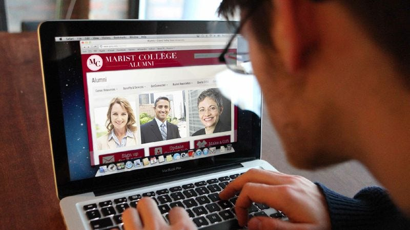 Illustration for article titled College's New CareerLink Program Connects Students With Thousands Of Annoyed Alums