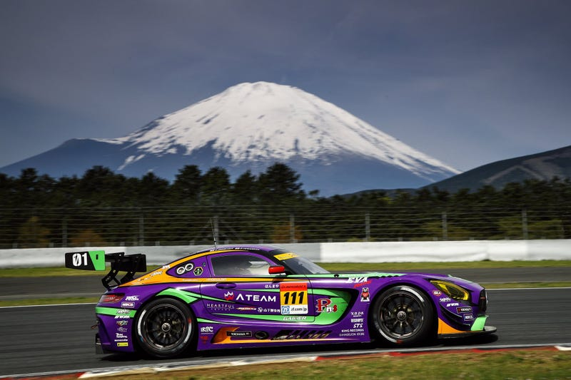 Illustration for article titled Evangelion Makes For Excellent-Looking Race Cars