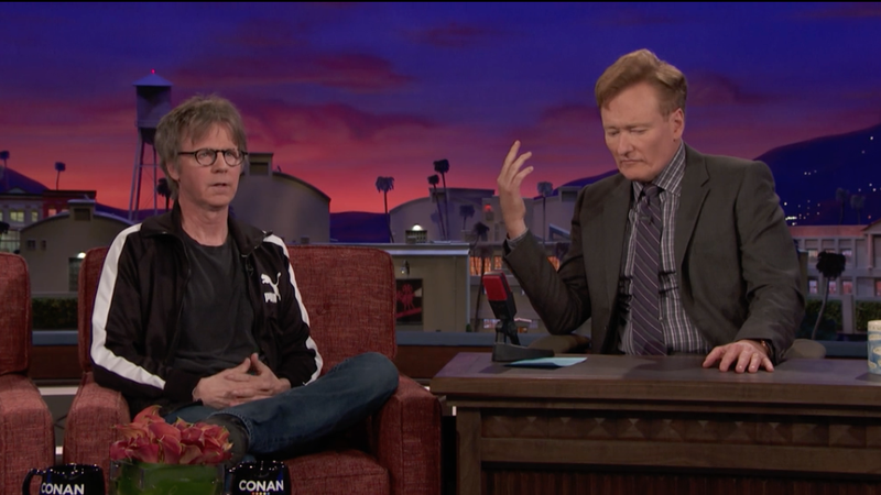 Illustration for article titled Dana Carvey tells Conan that he and George Bush are totally best friends