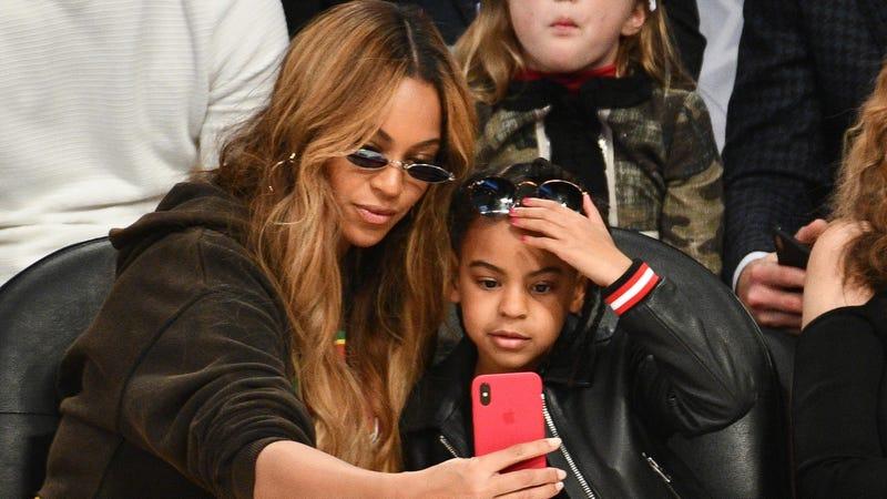 Beyoncé (Left), Blue Ivy (Right)