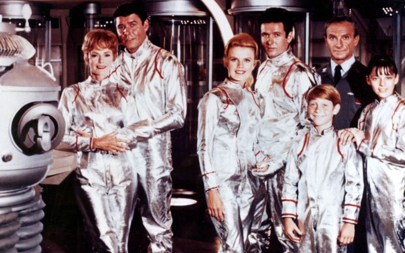 Illustration for article titled Netflix Is Bringing Lost In Space Back For Your Binging Pleasure