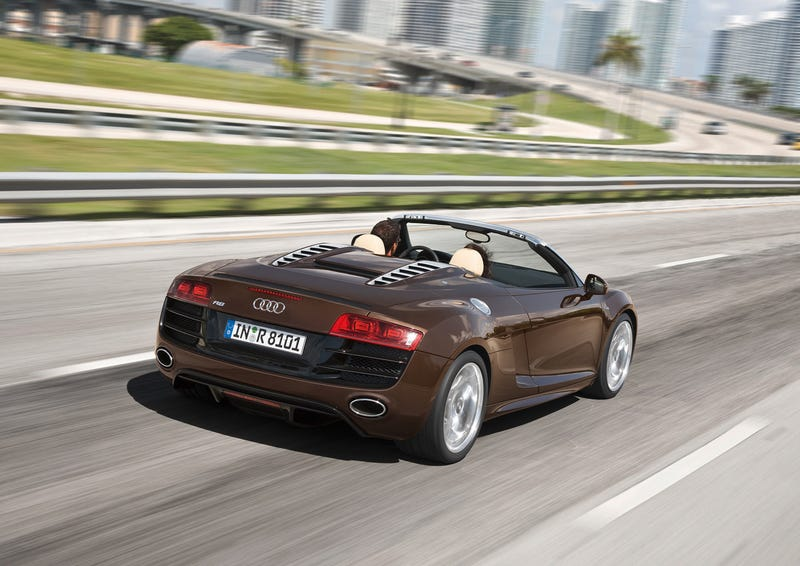 Illustration for article titled Audi R8 5.2 FSI Spyder
