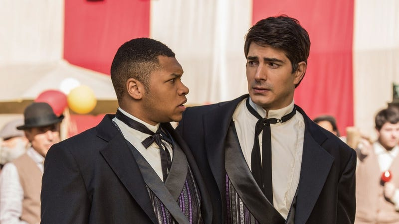 Jax (Franz Drameh) and Ray (Brandon Routh) didn't expect this to happen today.