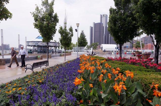 Detroit RiverWalk in 2014. Photo AP