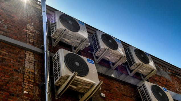 'We Essentially Cook Ourselves' if We Don't Fix Air Conditioning, Major UN Report Warns
